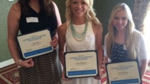 Three Hendersonville Students Get $1,000 Comcast Scholarships