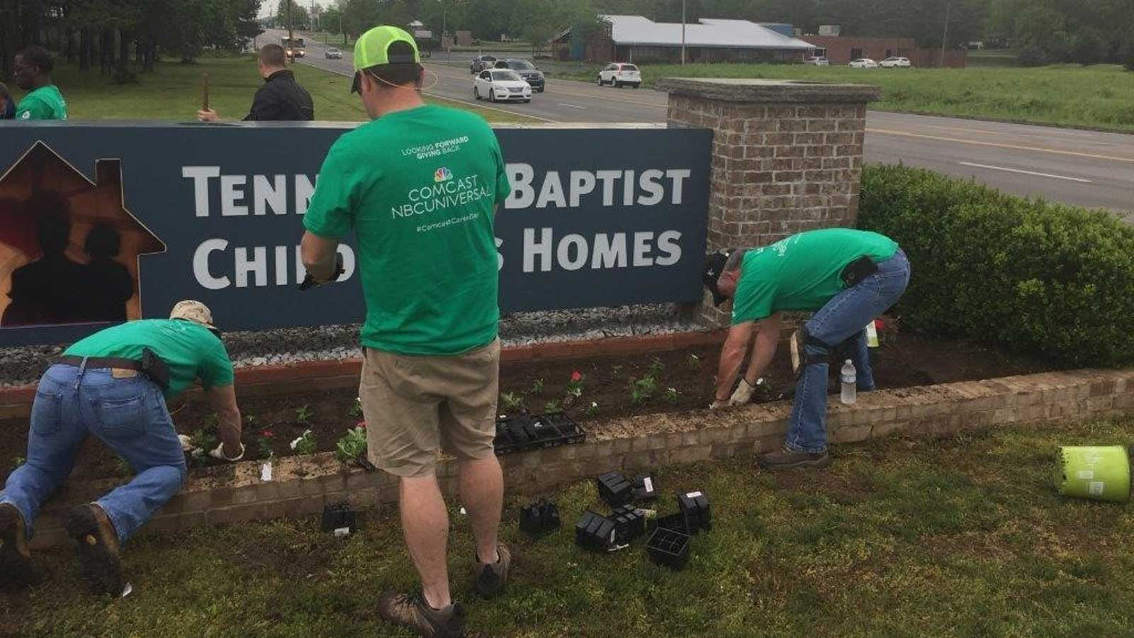 Volunteers on CCD in Chattanooga