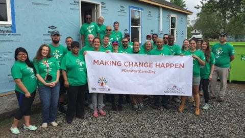 Comcast Volunteers Build Habitat Homes for 16th Annual Comcast Cares Day in Franklin, Tenn.