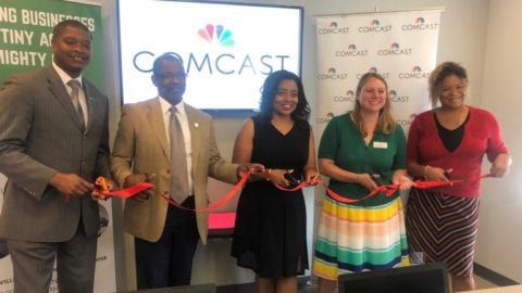Comcast Donates $30,000, Unveils New Computer Lab at Nashville Business Incubation Center